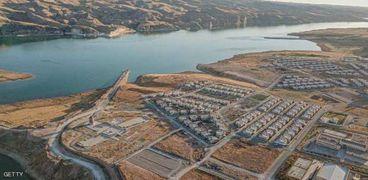 إنشاءات سد أليسو التركي على ضفاف نهر دجلة