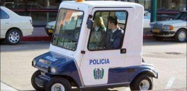 سيارة شرطة كهربائية صغيرة الحجم