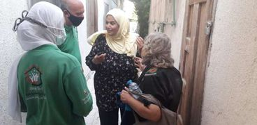 كبار بلامأوي ينقذ سيدة فلسطينية وينقلها لإحدي مراكز استضافة المرأة