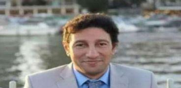 الدكتور خالد سليم نقيب الأطباء البيطريين