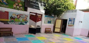 جانب من متابعة استعدادات المدارس للدراسة