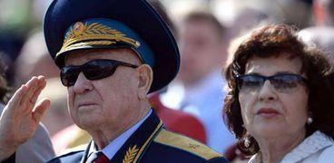 رائد الفضاء أليكسي ليونوف