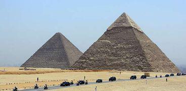 اكتشاف آثار أقدم من الأهرامات المصرية بألف عام توجد فى روسيا