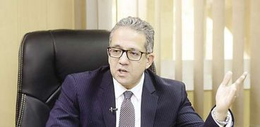 خالد العناني وزير السياحة