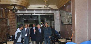 محافظ المنيا يقود حمله علي المقاهي