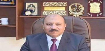 اللواء عبد الحميد عصمت رئيس شركة مياه الشرب والصرف الصحي بمحافظات القناة
