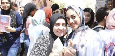 خروج الطالبات من الامتحانات- صورة أرشيفية