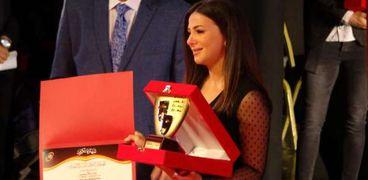 دنيا سمير غانم خلال افتتاح مهرجان القومي للمسرح