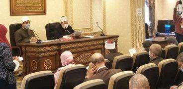 اجتماع سابق للجنة الدينية بالبرلمان
