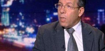 الدكتور أسامة عبد الحي الأمين العام لنقابة الأطباء