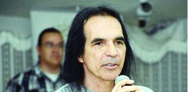 مؤسس فرقة برولي الأمريكية الموسيقية