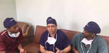 أشهر جراح مصري في كينيا