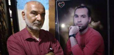 والد الأسير الفلسطيني أيهم كممجي
