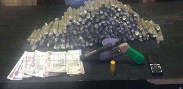 ضبط 35 كيلو بانجو و10 كيلو استروكس بحوزة تجار المخدرات بالفيوم