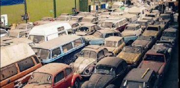 سيارات قديمة