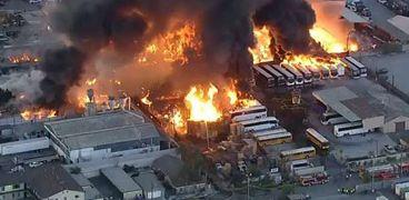 جانب من الحريق في كاليفورنيا