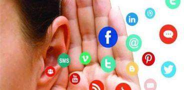 مواقع التواصل زاد فيها نشر الشائعات خلال الفترة الأخيرة