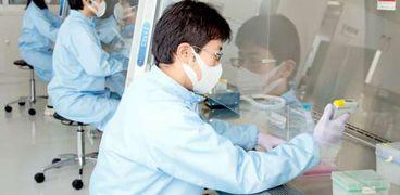 تجارب بحثية على فيروس كورونا في الصين