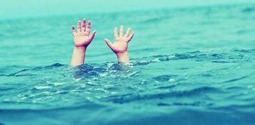 حوادث:مقتل 11 شخصا بعد أن جرفهم البحر في منطقة بحرية بـ فوجيان الصينية