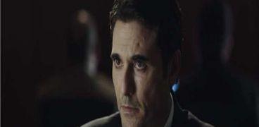 أحمد عز في «الاختيار 2» بشخصيته في «هجمة مرتدة»
