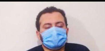 القصه الكاملة لحظات رعب لطبيب السنطة ..تكسير عظام يديه وتعذيبه ضربا