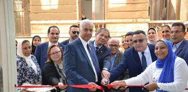 رئيس جامعة الإسكندرية يفتتح مبنى العمارة والنحت بكلية الفنون الجميلة بعد إعادة ترميمه