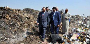 محافظ القليوبية في مقلب القمامة