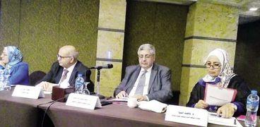حلقة نقاشية حول توثيق تدخلات صناعة التبغ فى مصر بحضور رئيس جمعية مكافحة التدخين