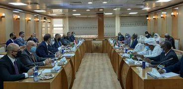 جانب من اللقاءات والمباحثات المصرية السودانية الجارية في السودان