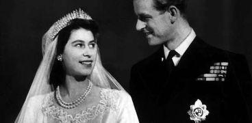 الأمير فيليب زوج الملكة إليزابيث الثانية خلال حفل زواجهما