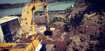 إزالة التعديات على نهر النيل- صورة ارشيفية