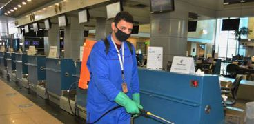 الحجر الصحي بالمطار يواصل نشر المعلومات الطبية للحد من إنتشار كورونا