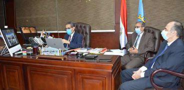 رئيس الوزراء يتابع المشروعات التنموية والخدمية بمحافظة الغربية