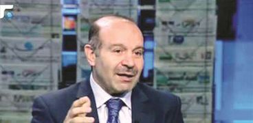 الدكتور مصطفى علوش