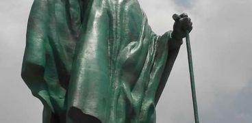 تمثال الشيخ زايد