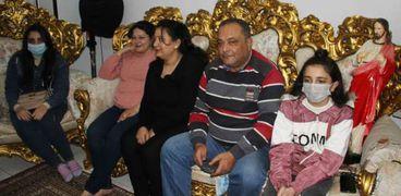 """الوطن"""" تشارك في احتفال اسره قبطيه بالغربية بمنزلها بأعياد الميلاد"""