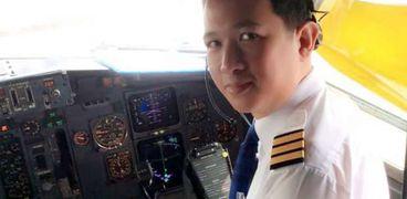 الطيار السابق إنتا