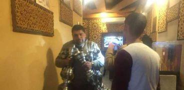 حملات لغلق قاعات الأفراح والمقاهي ومصادرة الشيشة بالشرقية
