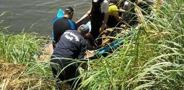 بعد ثلاثة ايام من البحث العثور علي جثة طفل غريق بأسيوط
