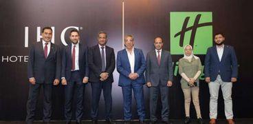 هيئة المجتمعات العمرانية تشهد توقيع عقد انشاء أول فندق سياحى بإدارة عالمية بصعيد مصر