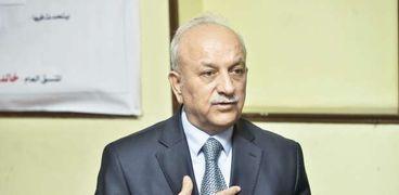 الدكتور بسام درويش