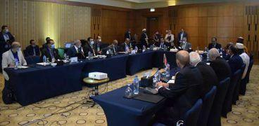 جانب من اجتماع وزراء مياه 4 دول لبحث وضع الخزان النوبي
