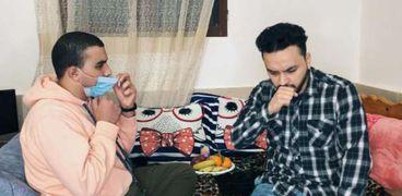 المشاركون في فيلم متقلقش للتوعية بارتداء الكمامة