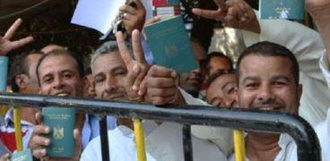 بشرى للمصريين.. وصول الدفعة الأولى من العمالة إلى ليبيا بعد العيد