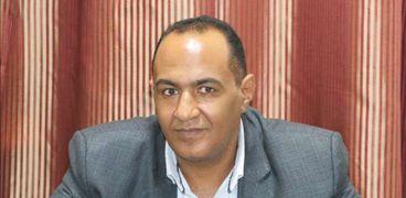 الدكتور أبو بكر القاضي أمين صندوق نقابة الأطباء