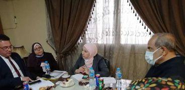 القاهرة تبحث أزمة الباعة الجائلين