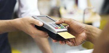 البنوك المصرية تتوسع فى تقديم الخدمات المصرفية الإلكترونية