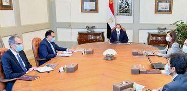 اجتماع الرئيس السيسي مع مجلس الوزراء