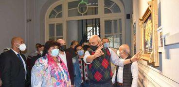 الدكتورة إيناس عبدالدايم وزيرة الثقافة في متحف محمود خليل