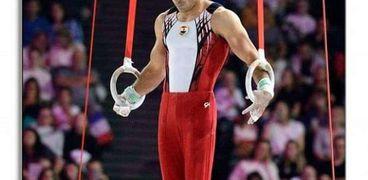 علي أبو القاسم لاعب منتخب مصر للجمباز
